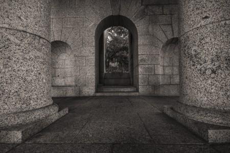 rhodes-memorial-pillars