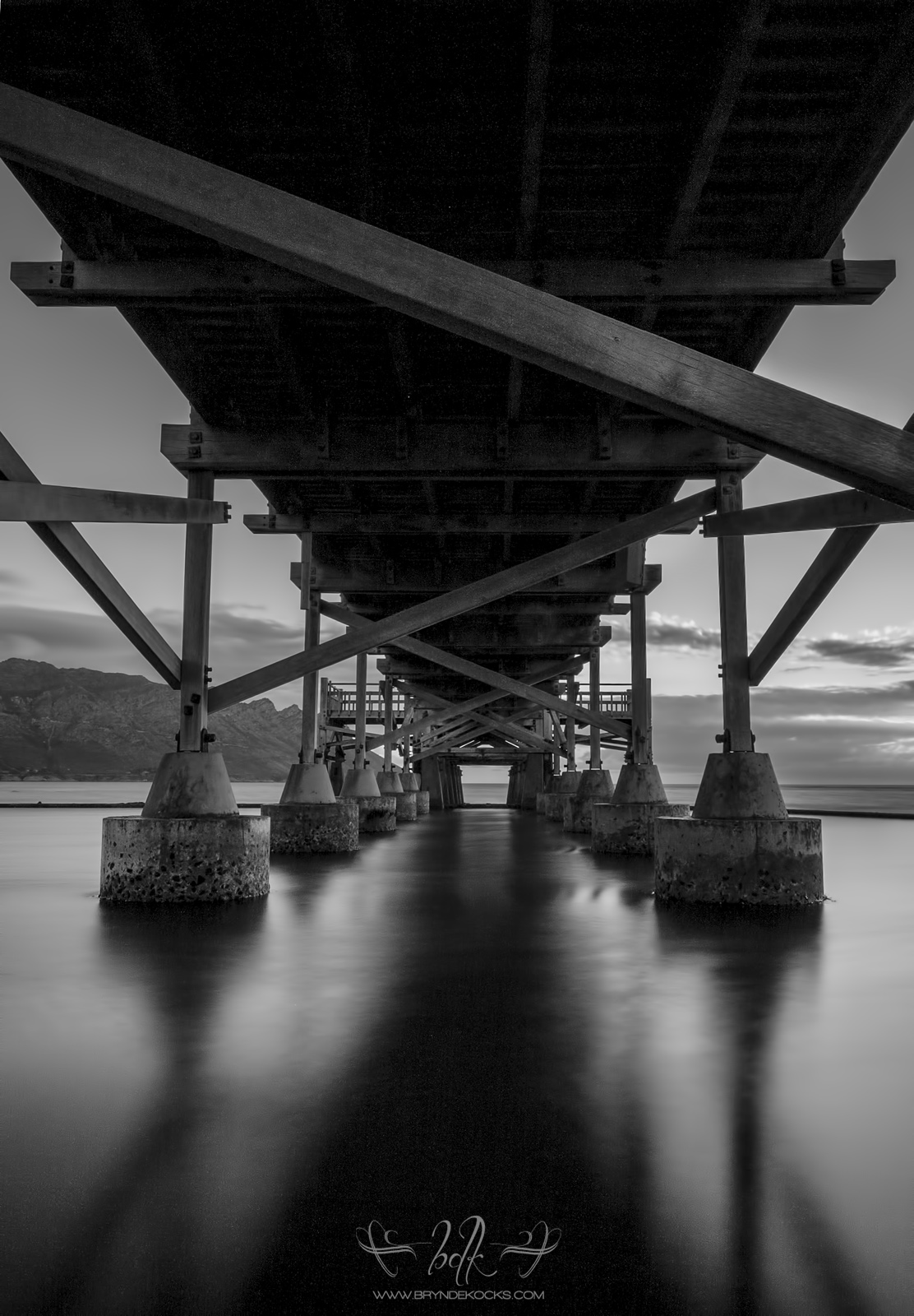 Under Jetty Hoya ND400