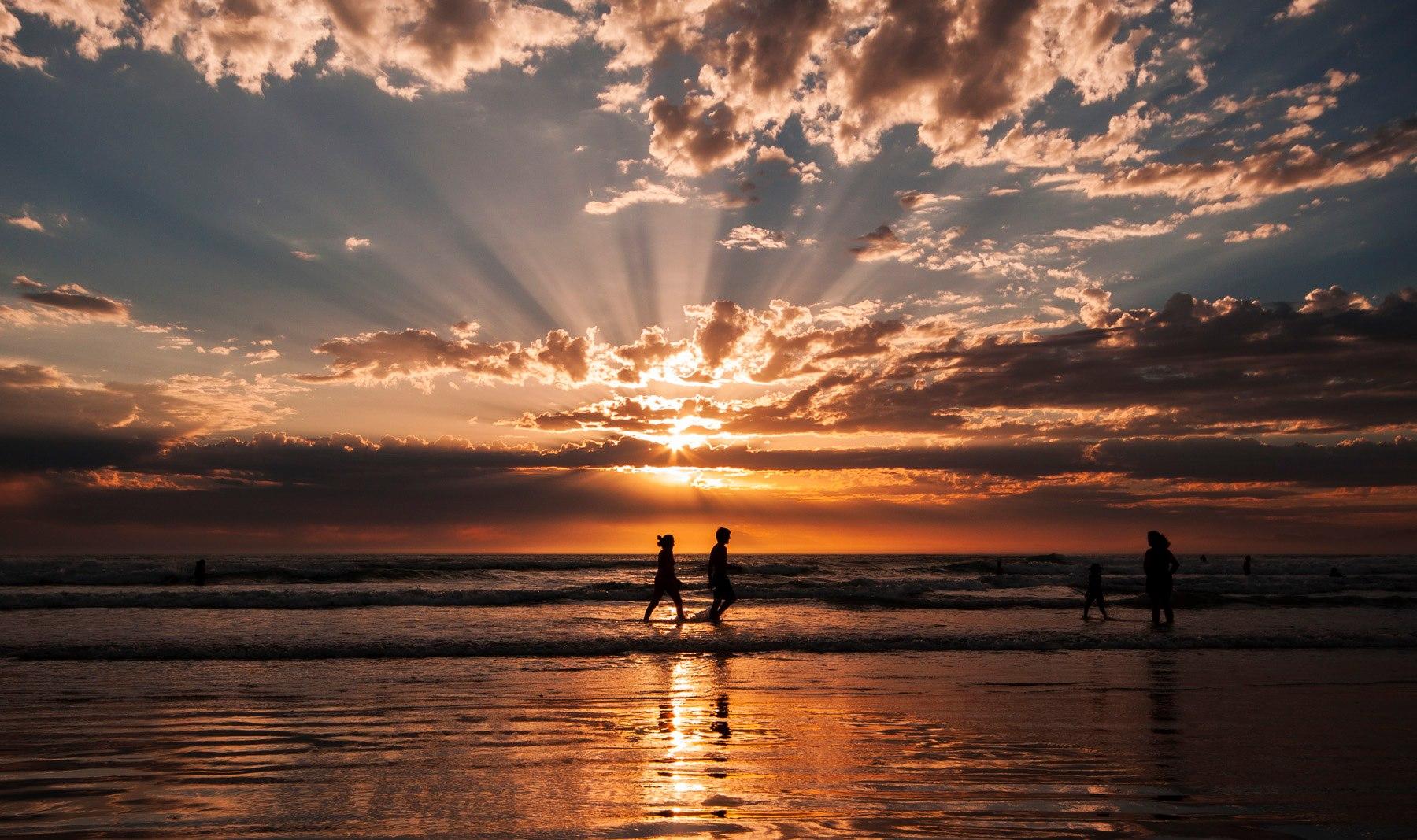 sunset-strand-beach-rays