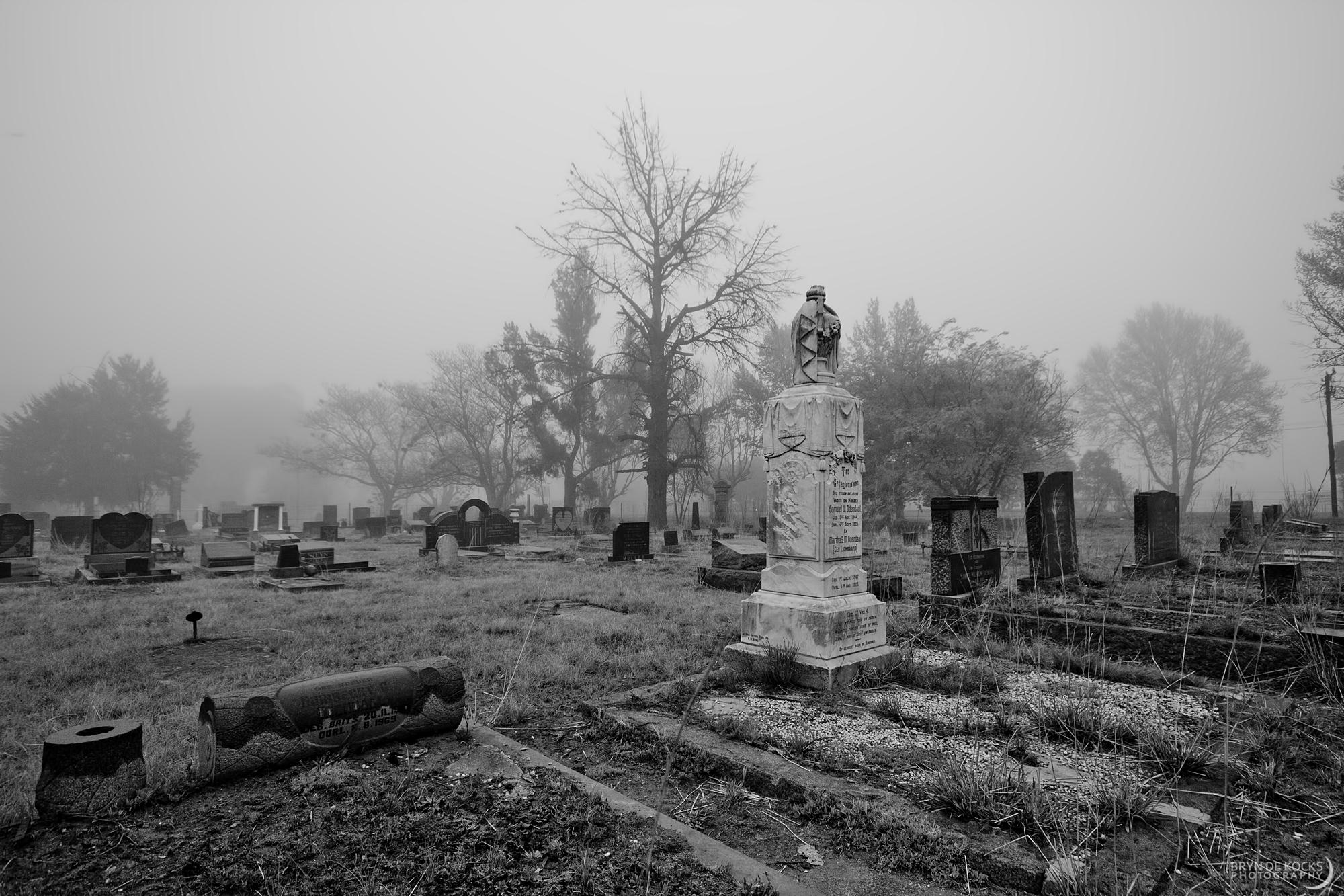 graveyard-fog