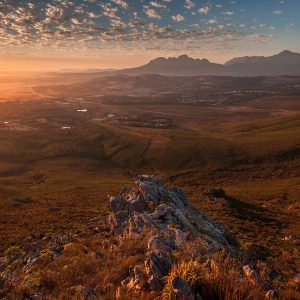 helderberg-basin-from-sir-lowrys-pass