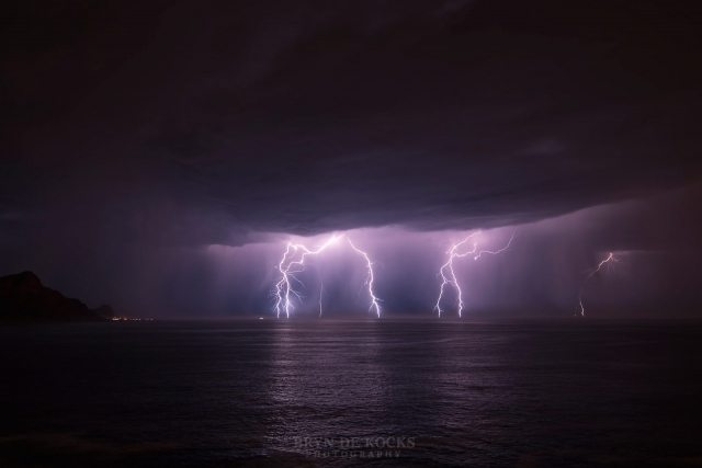 kogelbaai lightning strikes