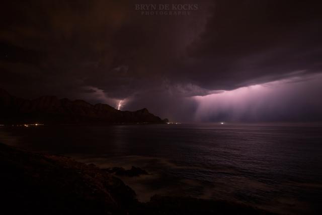 lightning over kogelbaai